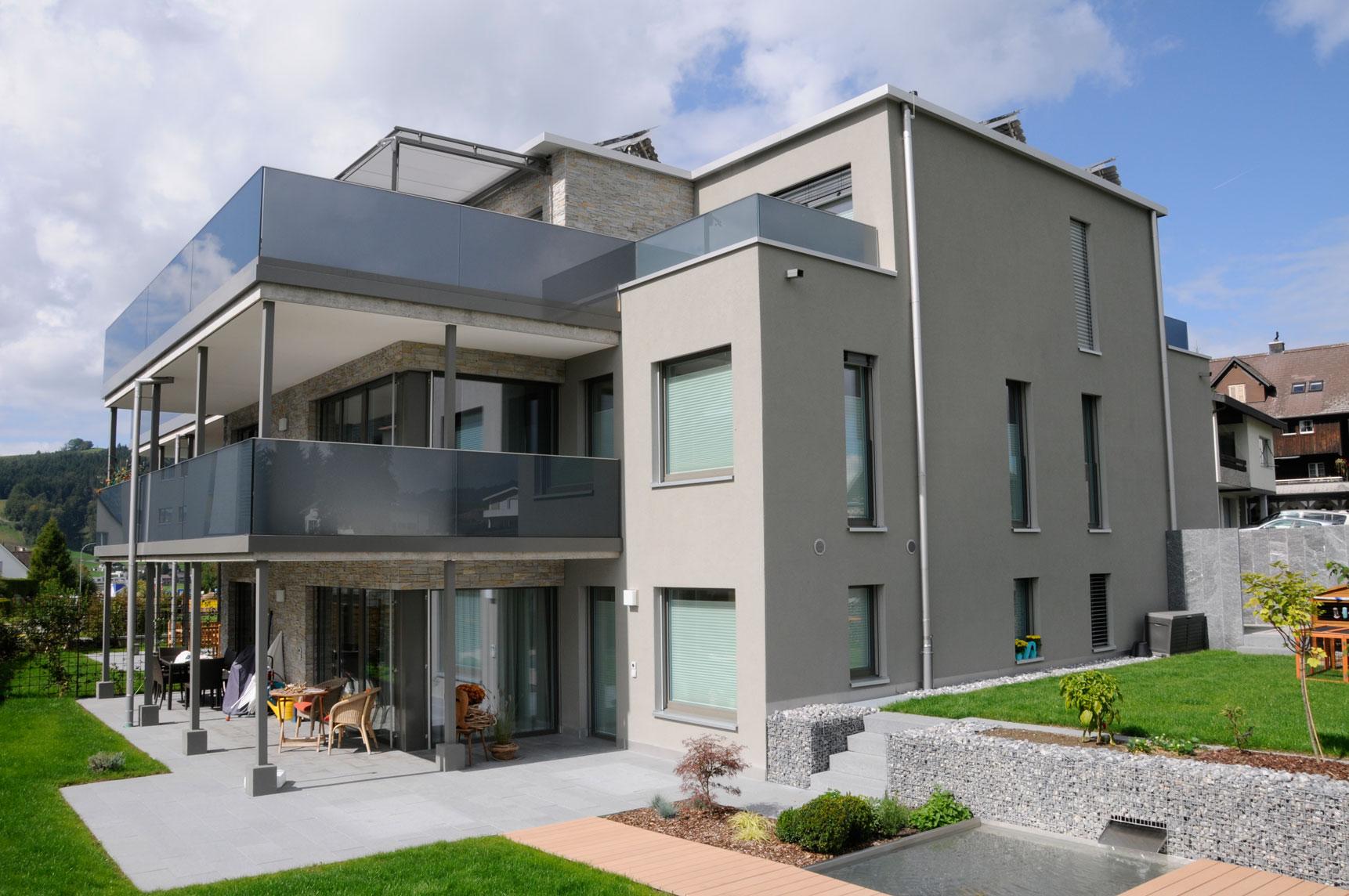 MFH-Falken-Einsiedeln-Haus-aussen - Steinegger Baurealisation GmbH